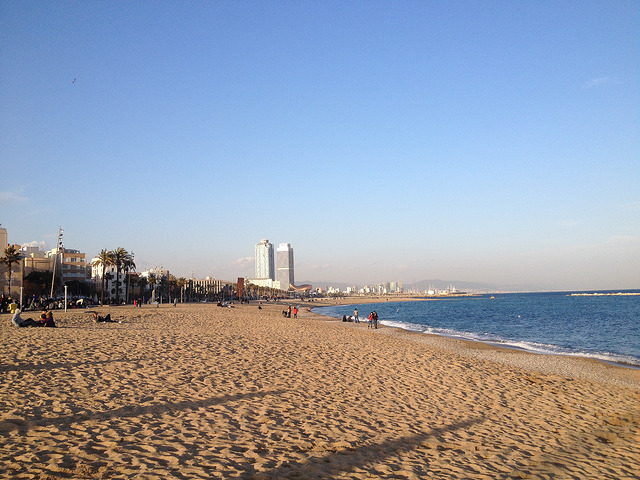 Barcelona tengerpartja télen, februárban