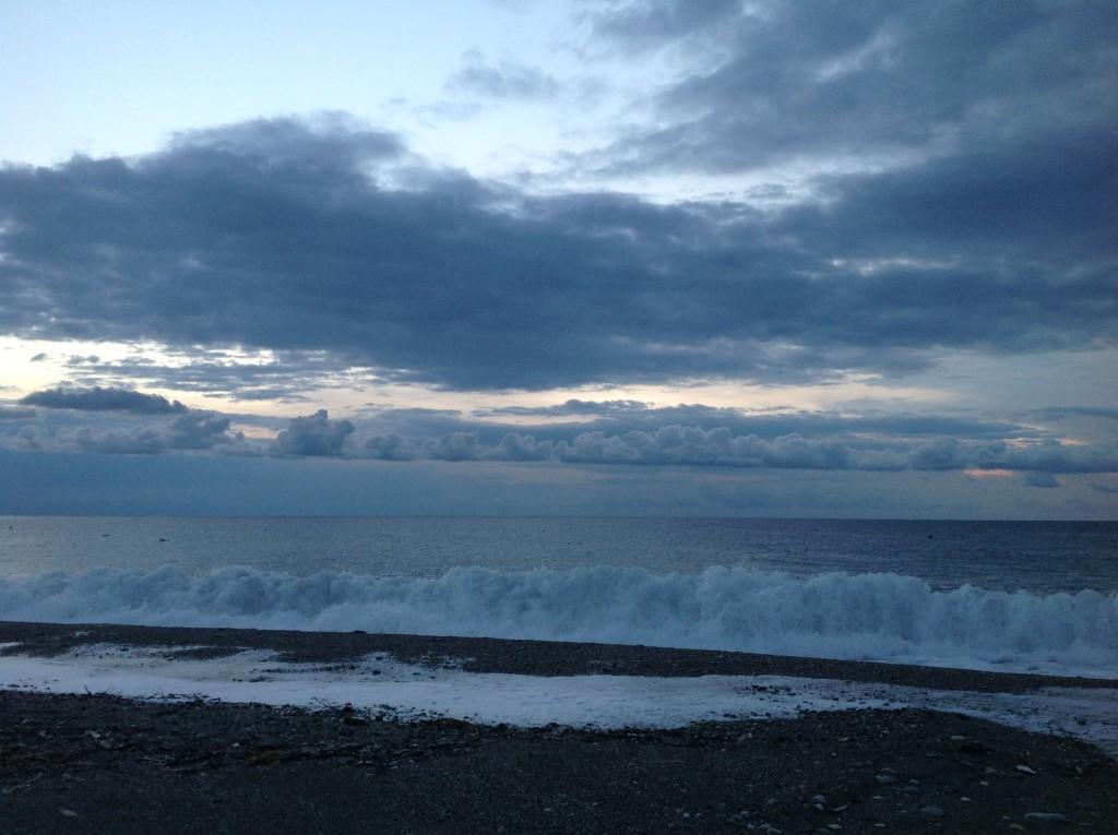 Egy napkelte Letojanni tengerpartján