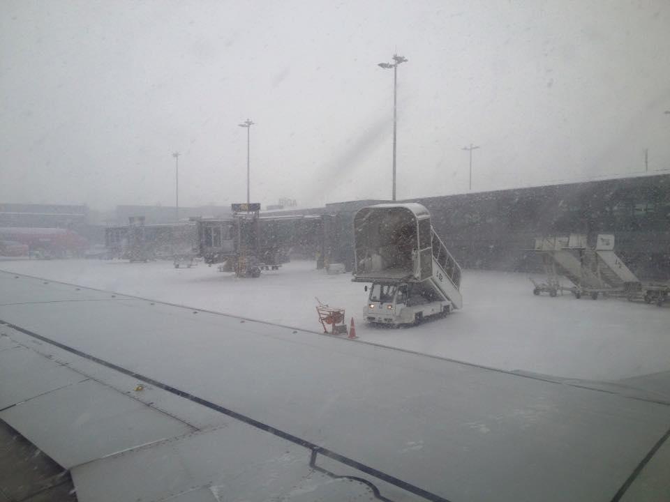 rigai repülőtér, hóban