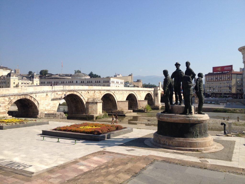 A régi kőhíd Szkopjéban