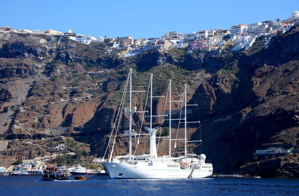 Wind Sporit Santorini szigetén, top 10 látnivaló