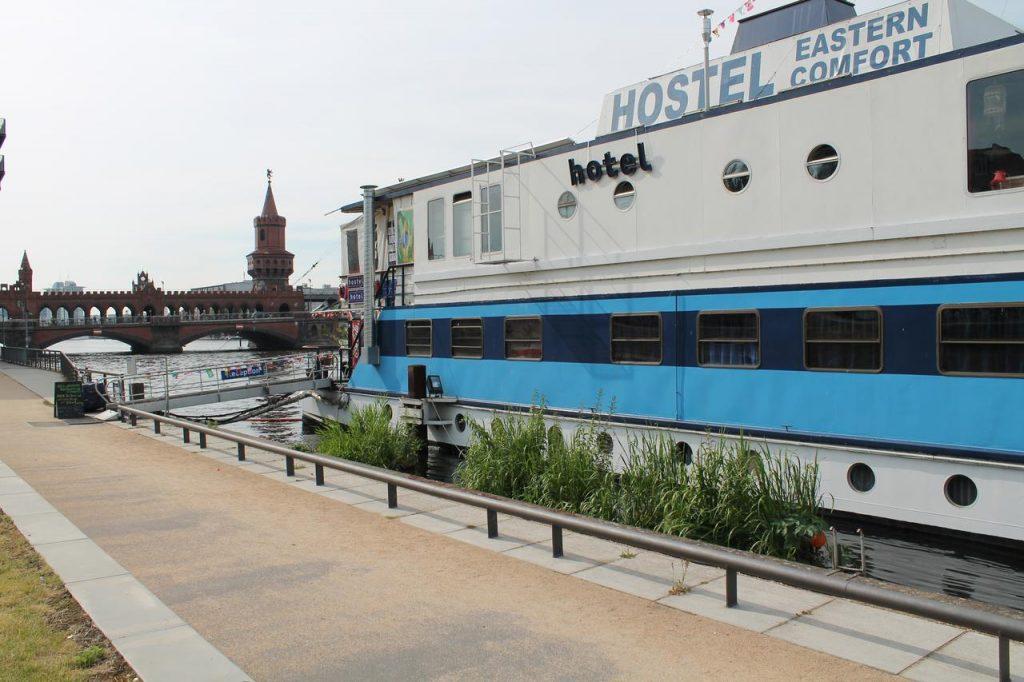 szállodahajó berlinben
