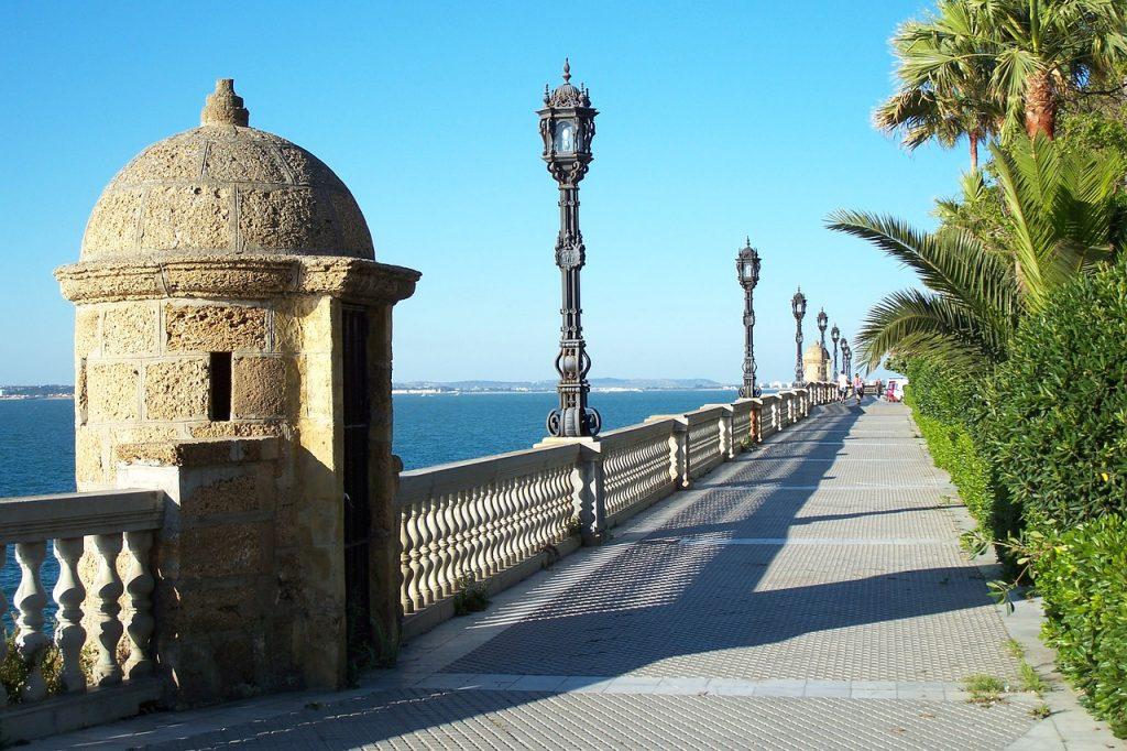 Andalúzia látnivalói - Cádiz tengerparti sétánya