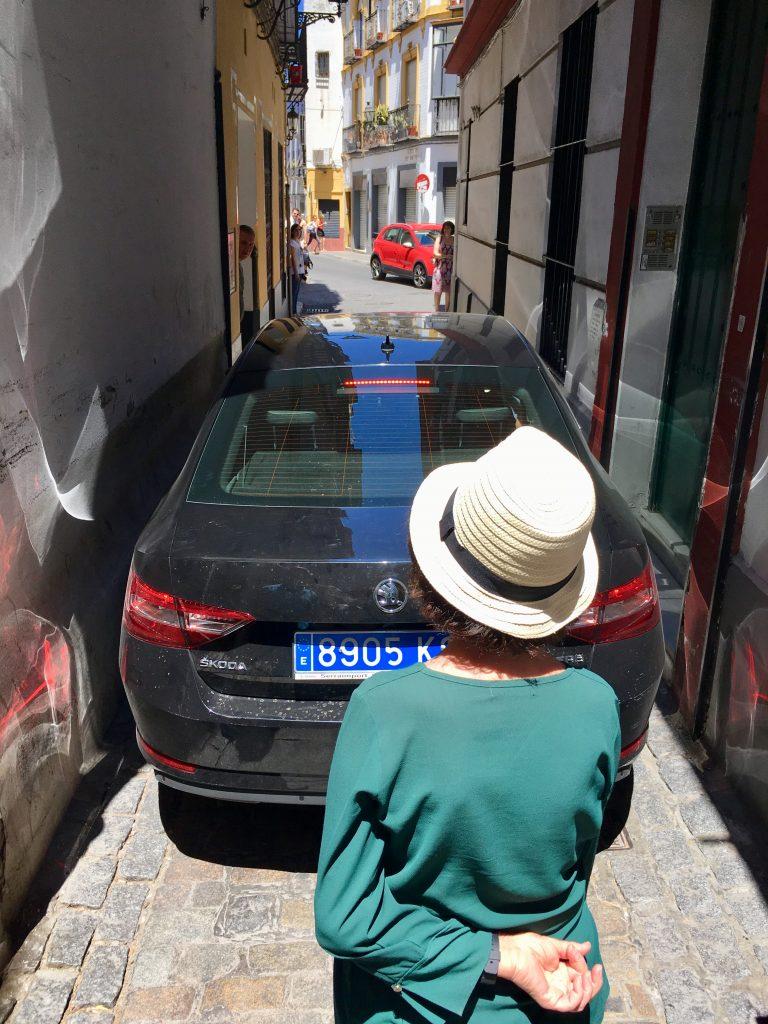 Andalúzia élménybeszámoló - sevillai szűk utca