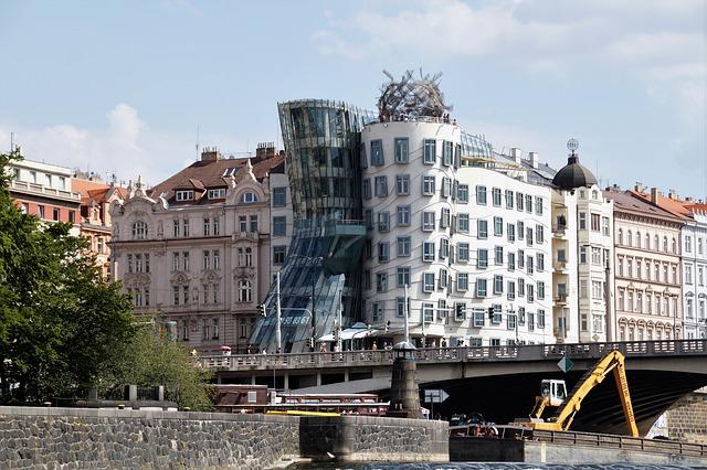 A táncoló ház Prága egyik látnivalója