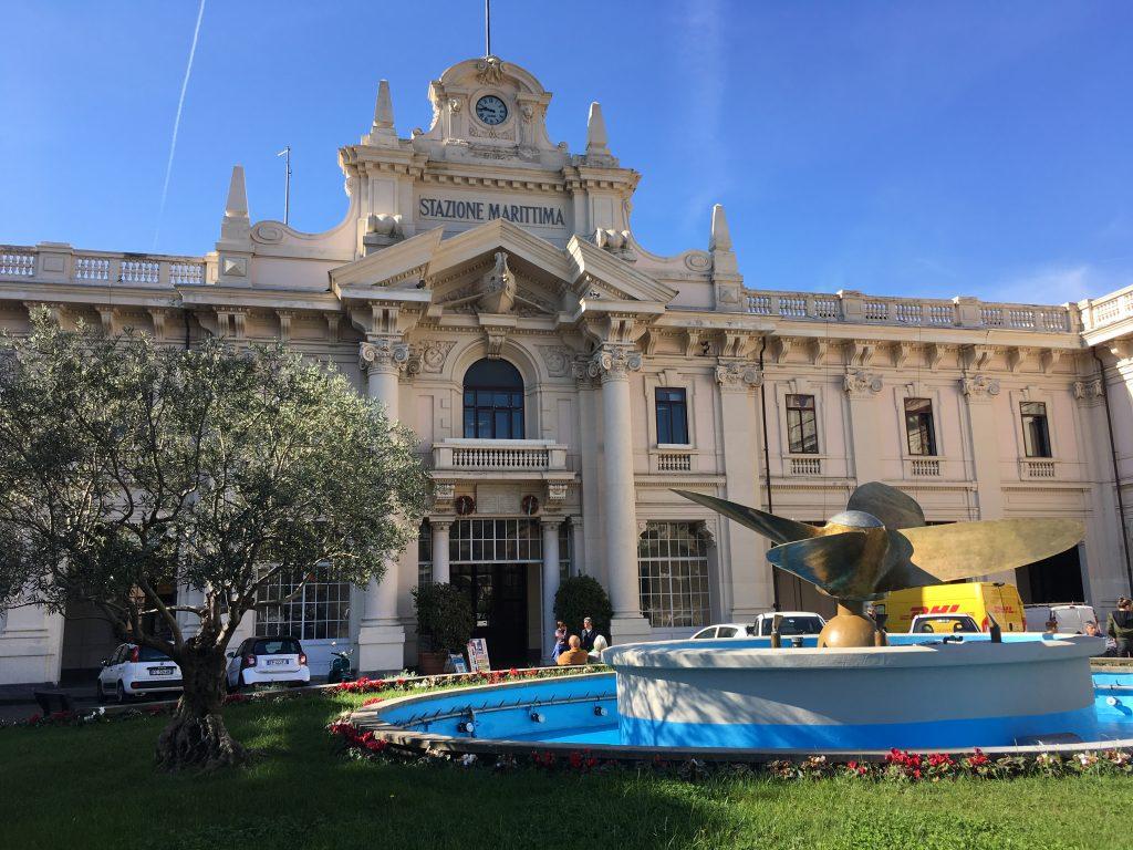 Genova kikötője főépület