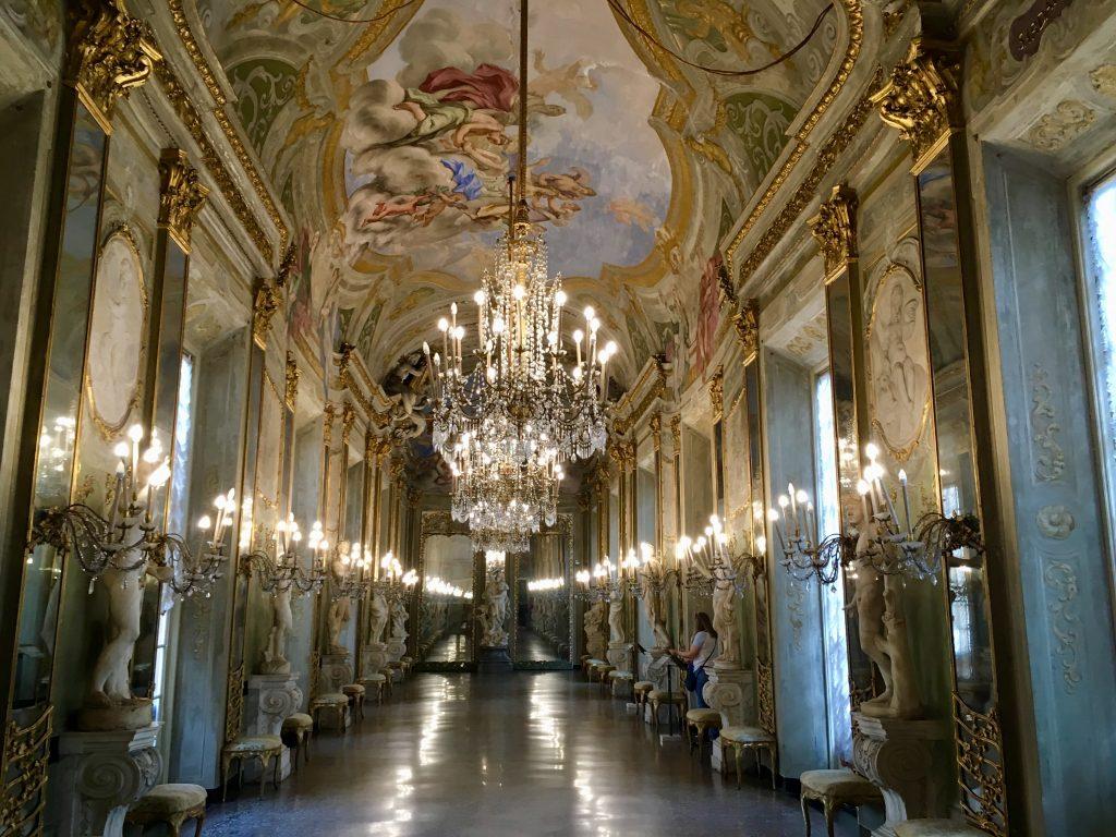 Genova látnivalói hajósoknak - a királyi palota