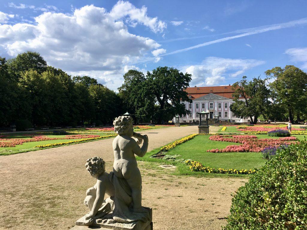 friedrichsfelde palota gyönyörű kertje