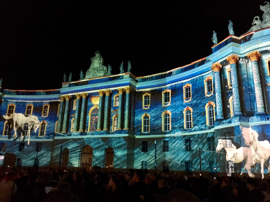 fényfesztivál Berlinben - Humboldt Egyetem