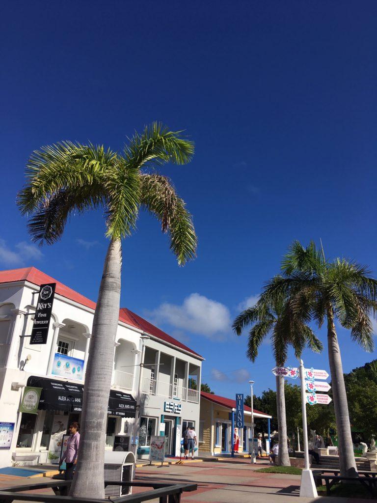 Sint Maarten / Saint Martin / Szent Márton szigete