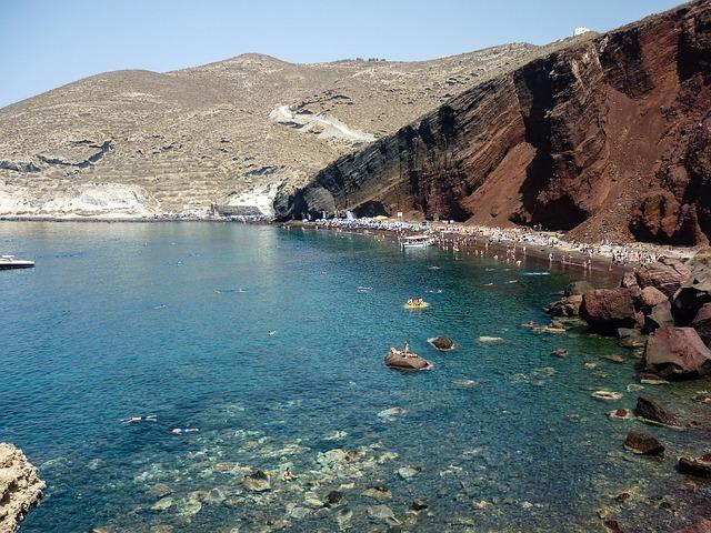 Santorini látnivalók - Red Beach